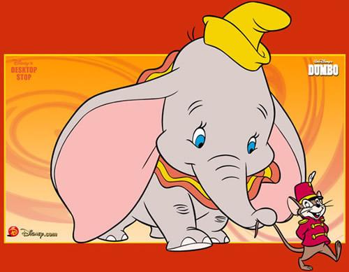 Timothy führt Dumbo...