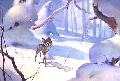 Bambi im verschneiten Wald