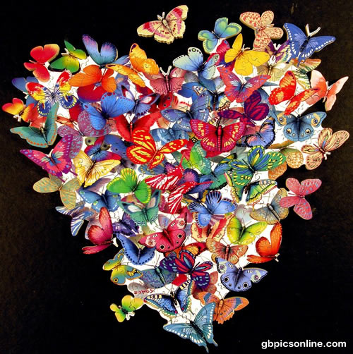 Schmetterlinge formen ein Herz