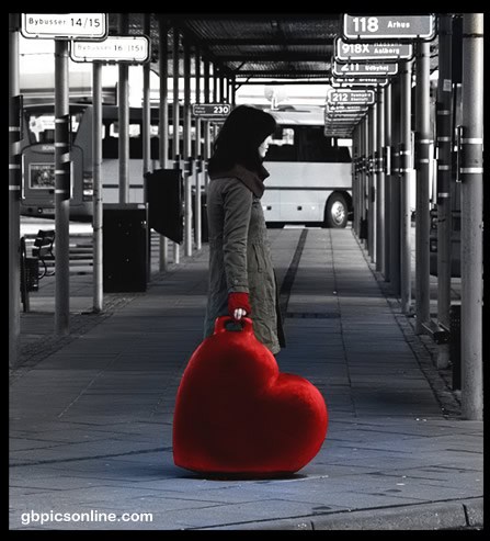 Rotes Herz an grauer...