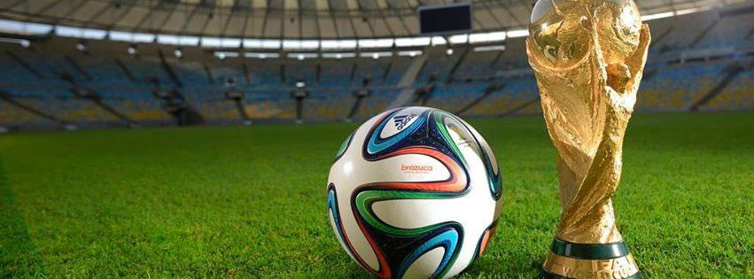 Fußball und WM-Pokal