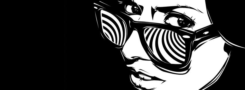 Frau mit konfuser Brille